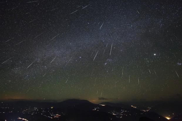 Peristiwa langit hujan meteor perseid